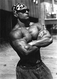Что происходит, когда атлет принимает анаболические стероиды в чрезмерных количествах